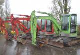 Machines agricoles et de construction lourde 4