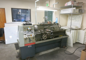 Machine Tools. Lab & Milling Equipment