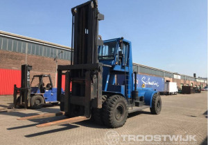 Online auction of logistics and construction equipment due to company relocation