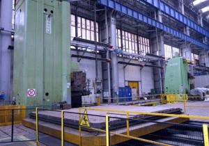 Surplus Metalworking Equipment Auction: Floor Boring Machines, Tooling and More
