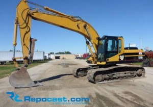 Backhoes, Skidsteers, Spreaders and More: Online Auction