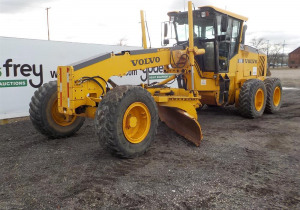 Late Model Construction Machinery Sale: Caterpillar, John Deere & More