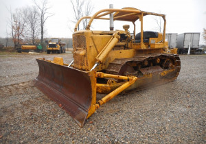 Timed Online Construction Auction: CAT, Case, Ford