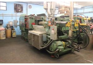 Van Dorn - 350 T Injection Molding Machine