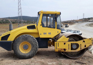 Used Bomag BW 213 D-4 Soil Compactor / Single Drum Roller