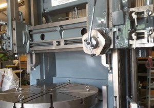 "King 84"" Vertical Turret Lathe"