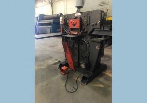"Edwards 100 Ton Hydraulic Ironworker 6"" X 6"" X 1/2"""