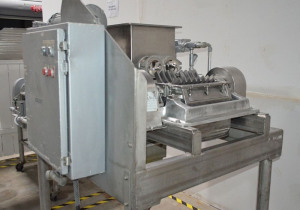 Fitzpatrick DKASO12 Dual Screw Feed Fitzmill