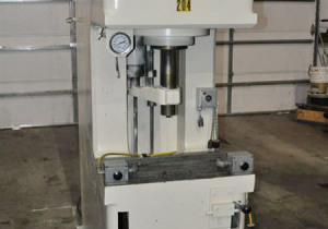 Denison Multipress
