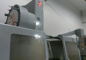 HAAS VF-10 CNC Vertical Machining Center