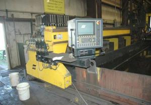 ESAB  AVENGER 2-8 CNC GANTRY STYLE PLASMA CUTTER