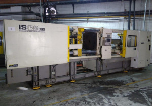 Toshiba ISGS390V10-19 Injection Molding Machine (2000)