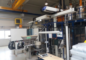 Krauss Maffei 300-1000-280 CX Injection moulding machine