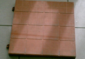 TILE MOULD INJECTION Tile PP & recycled PP