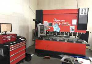 88 Ton X 8' Amada Hydraulic Press Brake