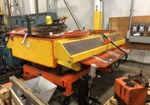 CLINTON MANUAL PACKOUT CONVEYOR (2 SECTIONS)