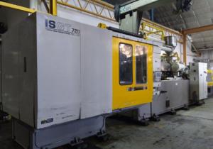 Toshiba ISGT720-V10 Injection Molding Machine (2002)