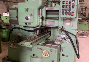 Gear Shaper with Rack Cutting Attachment