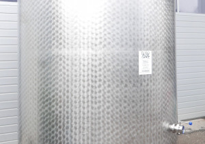 - Storage tank for wine, beer, sparkling wine