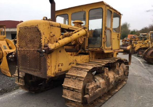 CATERPILLAR D7F Ripper