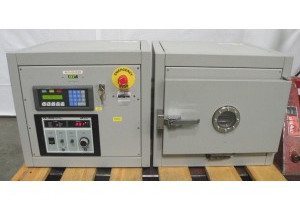 YES Yield Engineering Systems Glen-R3A Plasma Cleaner w/AE PE-1000 Power