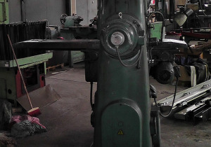 Vertical Milling Machine TOS