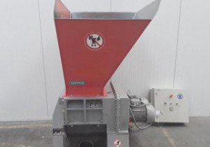 UNTHA-RS 30 4S Waste chipper / hogger