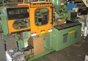 1.5 oz. 25 Ton Battenfeld Injection Molding Machine