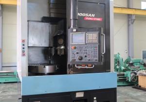 Doosan VT-900