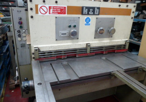 K & B 1250 x 4mm Hydraulic Guillotine with power back gauge