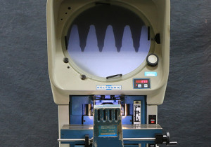 14'' Screen Deltronics DH14-MPC5, Optical Comparator, Fiber Optic Surf. Ill., Choice of Lenses