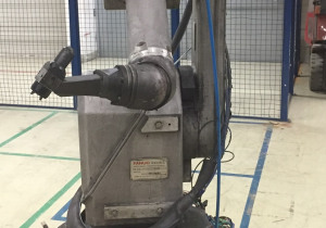 Fanuc P-50i (Paint Robot) with R-J3iB (Controller) (2004)