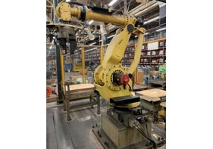 Fanuc M-900Ia/350 6-Axis Material Handling Robots, (4) Available