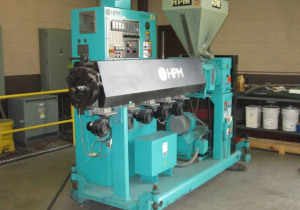2 1/2″ 30:1 Hpm Extruder Model 2.5 – New 2000 -Reconditioned