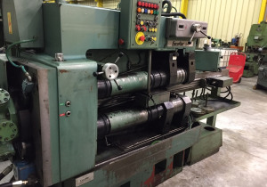 Escofier INC 300 spline rolling machine