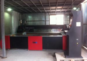 Radox 3000 mm x 2000 mm waterjet cutting machine