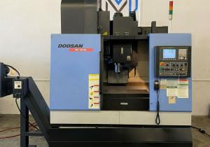 Doosan Mv-3016L Vmc Cnc Mill
