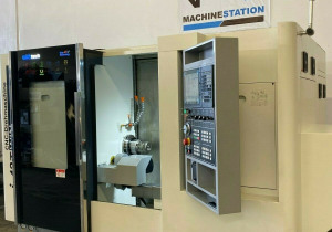 Quicktech I42-Twin 7 Axis Cnc Turning Lathe