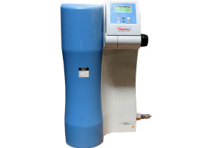 Thermo Scientific Barnstead  GenPure UV-TOC water system