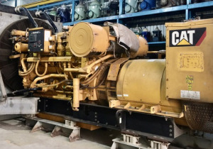 Caterpillar 3512B year 2012  1354hrs radiator cooled very good condition set