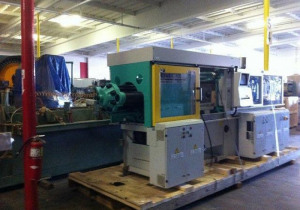 Arburg 110-Ton 4-Color Plastic Injection Molding Machine 2006