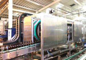 Carbonated glass bottle filling line