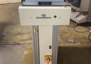Crown Simplimatic 0.5M Conveyor
