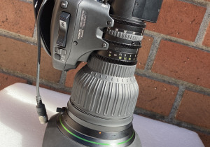Fujinon UA22x8 BERD-S8 B4 mount 4K Ultra HD Full Servo lens Demo Unit