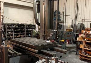 """4"""" Giddings & Lewis Table Type Horizontal Boring Mill."""