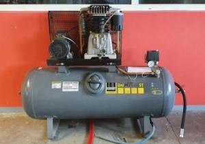 Schneider UNM STL660-10-270 Compressor