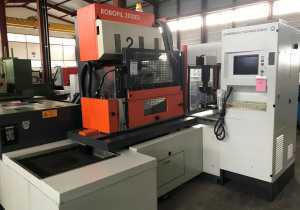 CHARMILLES ROBOFIL 2030 SI Wire cutting edm machine