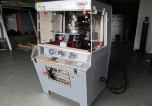 Fette PERFECTA 1000 Rotary tablet press