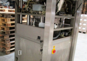 COURTOY R200 Rotary tablet press