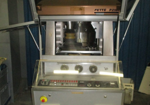 FETTE P 2100 Rotary tablet press